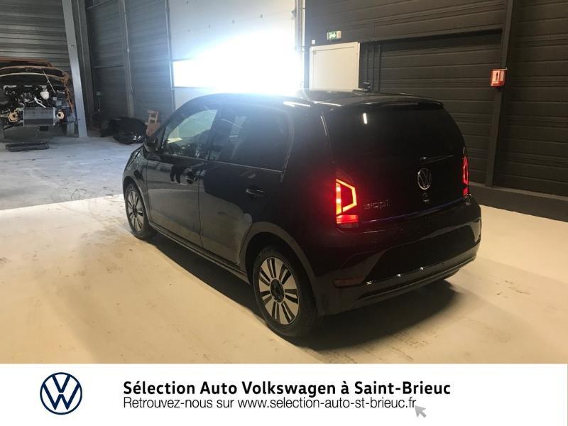Photo 2 de l'offre de VOLKSWAGEN e-up! Electrique 83ch 4cv à 16990€ chez Sélection Auto - Volkswagen Saint Brieuc