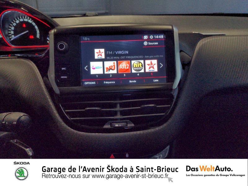 Photo 8 de l'offre de PEUGEOT 2008 1.2 PureTech 130ch E6.c GT Line S&S à 17490€ chez Sélection Auto - Volkswagen Saint Brieuc