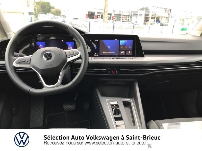 Photo 5 de l'offre de VOLKSWAGEN Golf 1.5 eTSI OPF 150ch Style 1st DSG7 à 25990€ chez Sélection Auto - Volkswagen Saint Brieuc