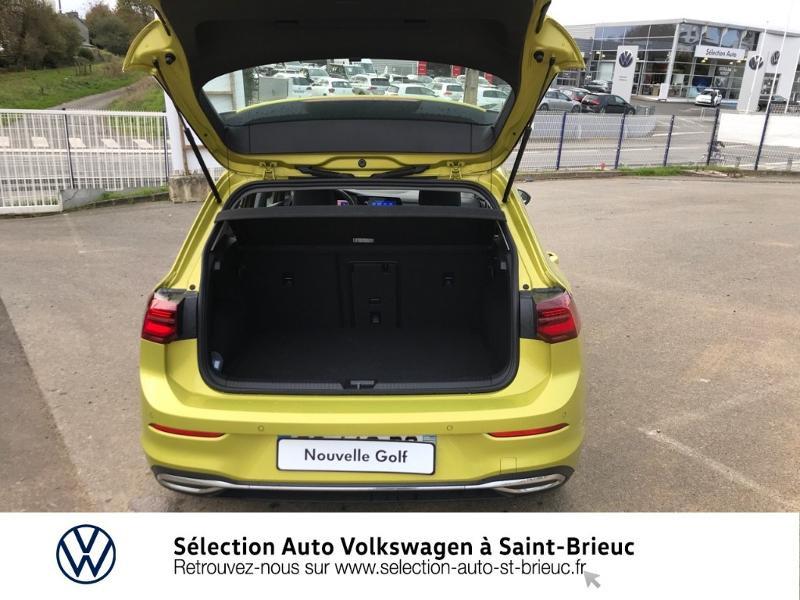 Photo 11 de l'offre de VOLKSWAGEN Golf 1.5 eTSI OPF 150ch Style 1st DSG7 à 25990€ chez Sélection Auto - Volkswagen Saint Brieuc