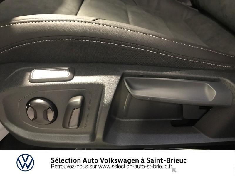 Photo 16 de l'offre de VOLKSWAGEN Arteon 2.0 tdi 150 cv EVO dsg RLINE à 38990€ chez Sélection Auto - Volkswagen Saint Brieuc