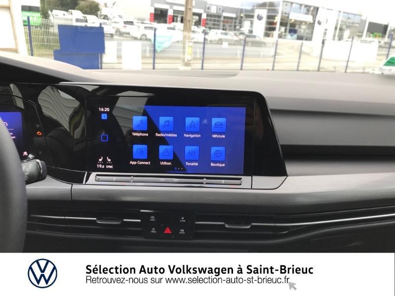 Photo 7 de l'offre de VOLKSWAGEN Golf 1.5 eTSI OPF 150ch Style 1st DSG7 à 25990€ chez Sélection Auto - Volkswagen Saint Brieuc