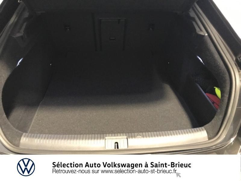 Photo 9 de l'offre de VOLKSWAGEN Arteon 2.0 tdi 150 cv EVO dsg RLINE à 38990€ chez Sélection Auto - Volkswagen Saint Brieuc