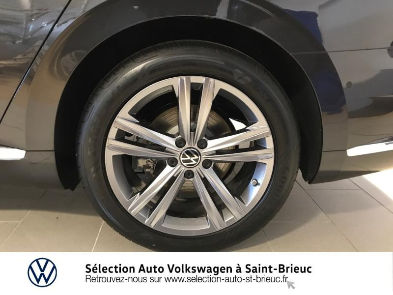 Photo 10 de l'offre de VOLKSWAGEN Arteon 2.0 tdi 150 cv EVO dsg RLINE à 38990€ chez Sélection Auto - Volkswagen Saint Brieuc