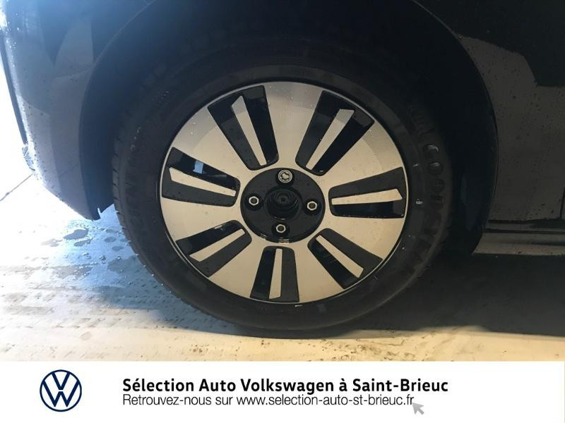 Photo 14 de l'offre de VOLKSWAGEN e-up! Electrique 83ch 4cv à 16990€ chez Sélection Auto - Volkswagen Saint Brieuc