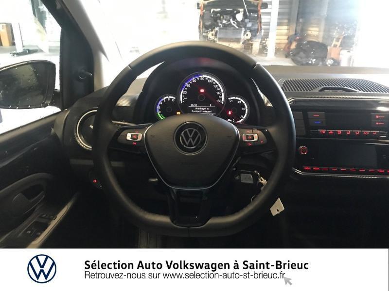 Photo 7 de l'offre de VOLKSWAGEN e-up! Electrique 83ch 4cv à 16990€ chez Sélection Auto - Volkswagen Saint Brieuc