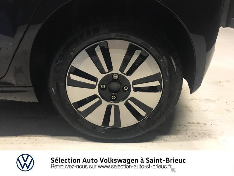 Photo 13 de l'offre de VOLKSWAGEN e-up! Electrique 83ch 4cv à 16990€ chez Sélection Auto - Volkswagen Saint Brieuc