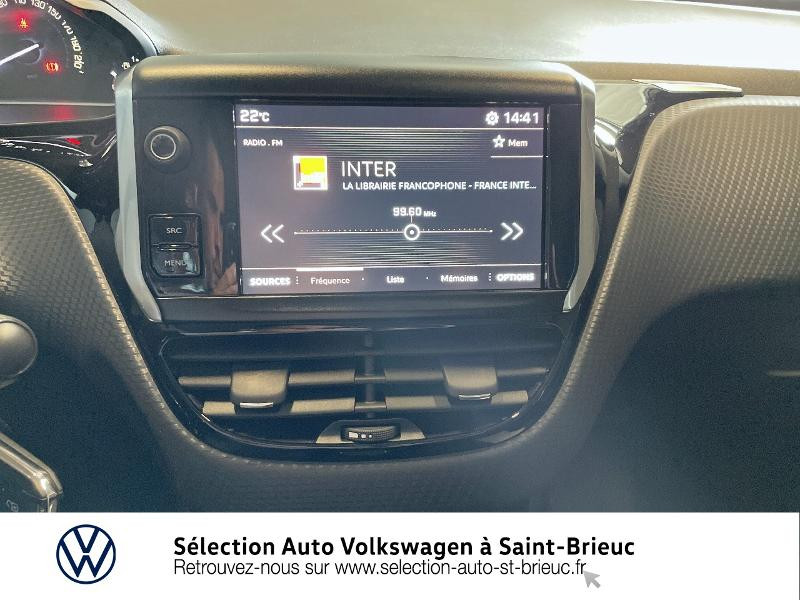 Photo 8 de l'offre de PEUGEOT 2008 1.2 PureTech 82ch Active à 11490€ chez Sélection Auto - Volkswagen Saint Brieuc
