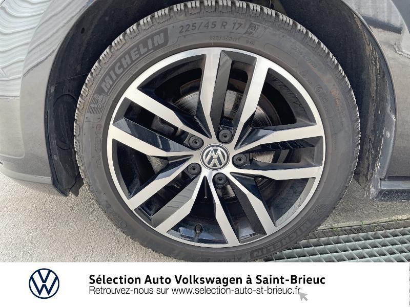 Photo 13 de l'offre de VOLKSWAGEN Golf 1.6 TDI 115ch FAP Confortline Business DSG7 5p à 16490€ chez Sélection Auto - Volkswagen Saint Brieuc