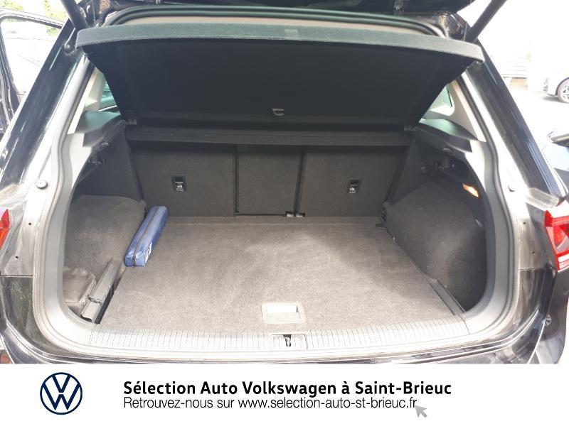 Photo 12 de l'offre de VOLKSWAGEN Tiguan 2.0 TDI 150ch Carat Exclusive 4Motion à 28990€ chez Sélection Auto - Volkswagen Saint Brieuc