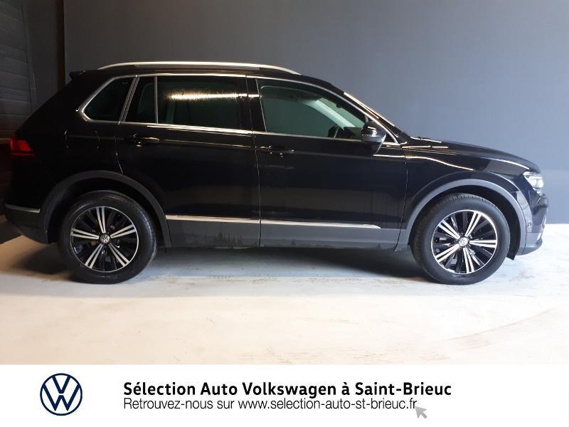 Photo 2 de l'offre de VOLKSWAGEN Tiguan 2.0 TDI 150ch Carat Exclusive 4Motion à 28990€ chez Sélection Auto - Volkswagen Saint Brieuc