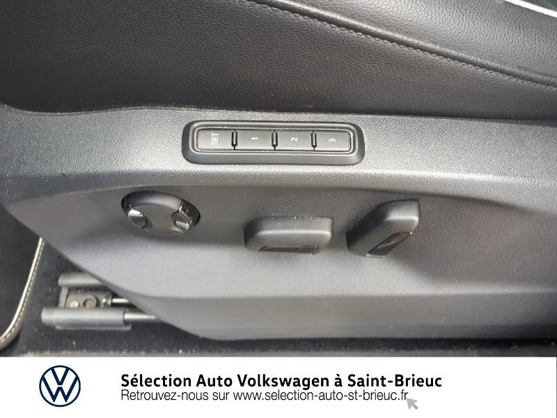 Photo 17 de l'offre de VOLKSWAGEN Tiguan 2.0 TDI 150ch Carat Exclusive 4Motion à 28990€ chez Sélection Auto - Volkswagen Saint Brieuc