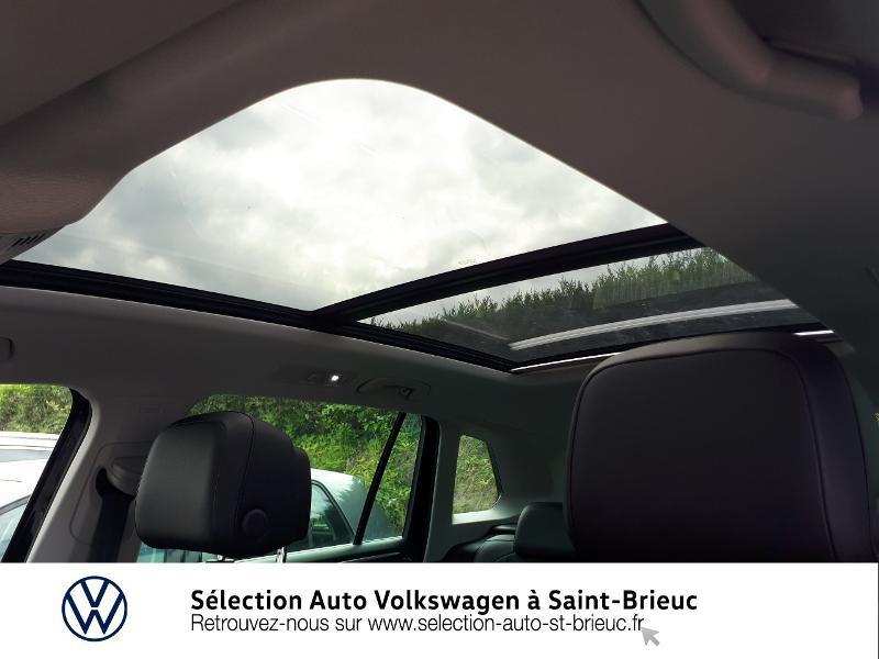 Photo 19 de l'offre de VOLKSWAGEN Tiguan 2.0 TDI 150ch Carat Exclusive 4Motion à 28990€ chez Sélection Auto - Volkswagen Saint Brieuc