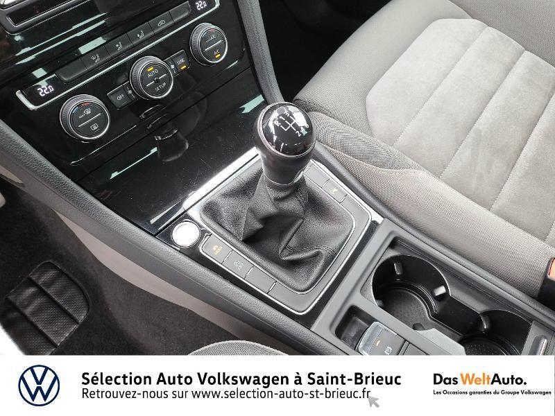 Photo 10 de l'offre de VOLKSWAGEN Golf 1.4 TSI 140ch ACT BlueMotion Technology Carat 5p à 13890€ chez Sélection Auto - Volkswagen Saint Brieuc