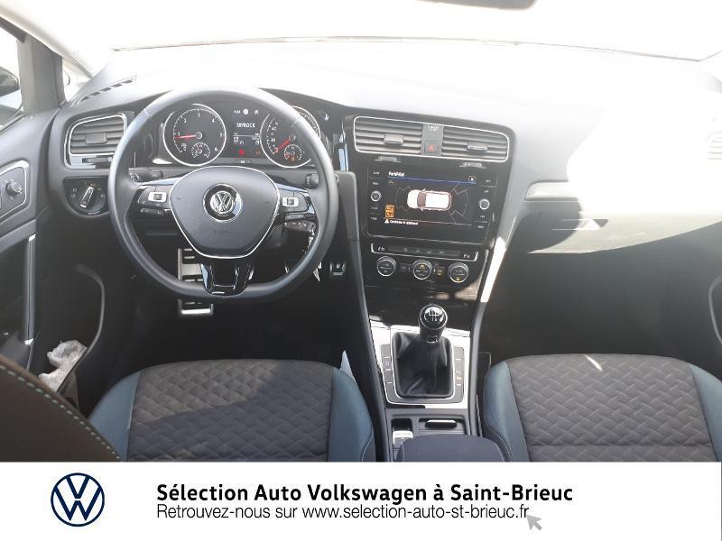 Photo 6 de l'offre de VOLKSWAGEN Golf 1.6 TDI 115ch FAP IQ.Drive Euro6d-T 5p à 19890€ chez Sélection Auto - Volkswagen Saint Brieuc