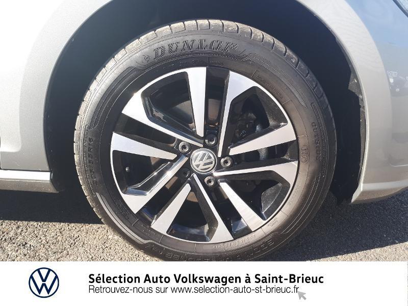 Photo 15 de l'offre de VOLKSWAGEN Golf 1.6 TDI 115ch FAP IQ.Drive Euro6d-T 5p à 19890€ chez Sélection Auto - Volkswagen Saint Brieuc