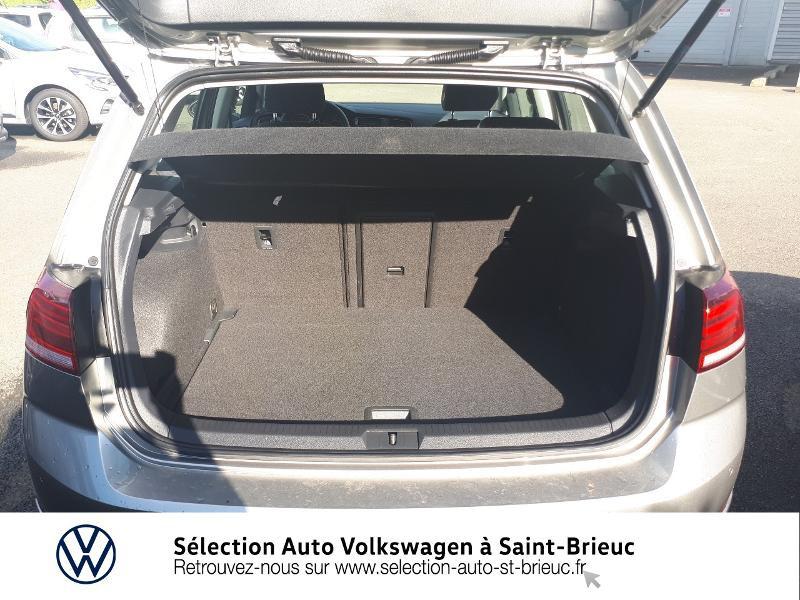 Photo 12 de l'offre de VOLKSWAGEN Golf 1.6 TDI 115ch FAP IQ.Drive Euro6d-T 5p à 19890€ chez Sélection Auto - Volkswagen Saint Brieuc