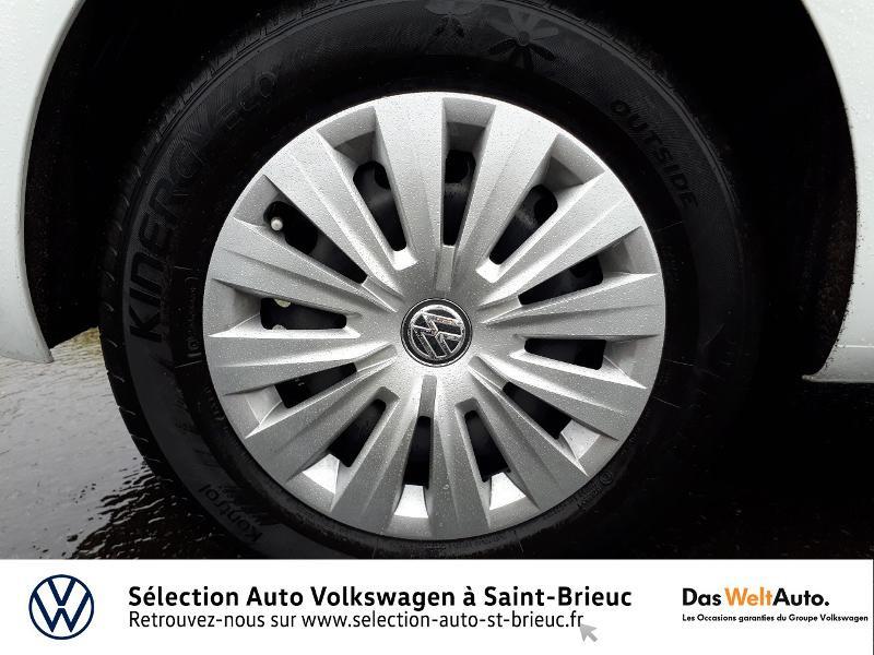 Photo 16 de l'offre de VOLKSWAGEN Golf 1.0 TSI 85ch Trendline Euro6d-T 5p à 13990€ chez Sélection Auto - Volkswagen Saint Brieuc