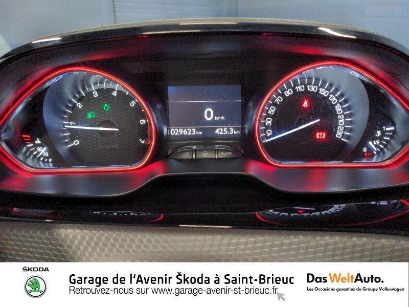 Photo 9 de l'offre de PEUGEOT 2008 1.2 PureTech 130ch E6.c GT Line S&S à 17490€ chez Sélection Auto - Volkswagen Saint Brieuc