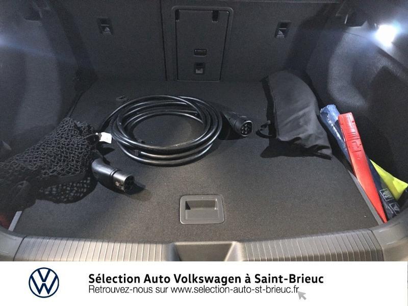 Photo 10 de l'offre de VOLKSWAGEN ID.4 204ch 1st Max à 51990€ chez Sélection Auto - Volkswagen Saint Brieuc