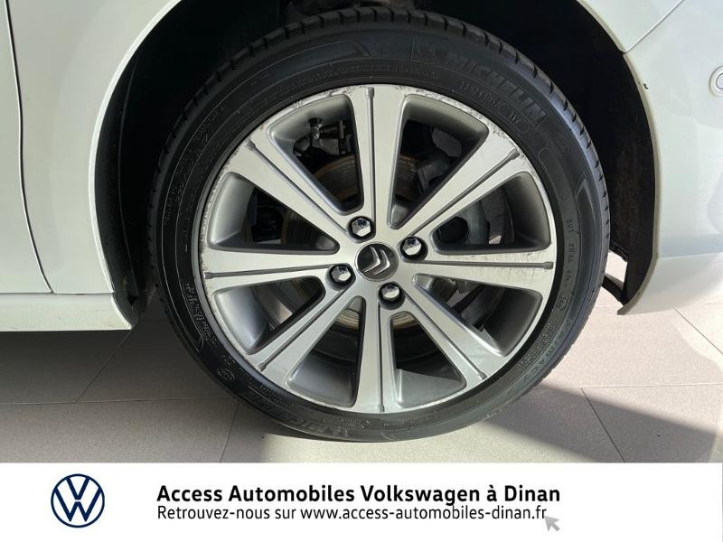 Photo 17 de l'offre de CITROEN C4 BlueHDi 120ch Shine S&S à 12990€ chez Sélection Auto - Volkswagen Saint Brieuc
