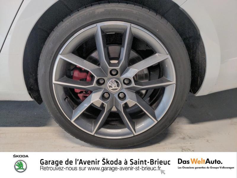 Photo 18 de l'offre de SKODA Octavia Break 2.0 TSI 245ch RS DSG7 Euro6d-T à 31790€ chez Sélection Auto - Volkswagen Saint Brieuc