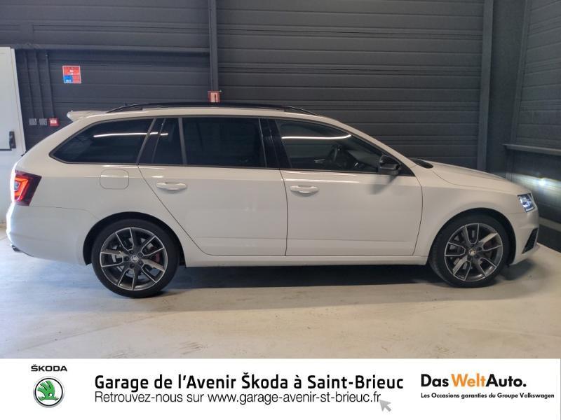 Photo 4 de l'offre de SKODA Octavia Break 2.0 TSI 245ch RS DSG7 Euro6d-T à 31790€ chez Sélection Auto - Volkswagen Saint Brieuc