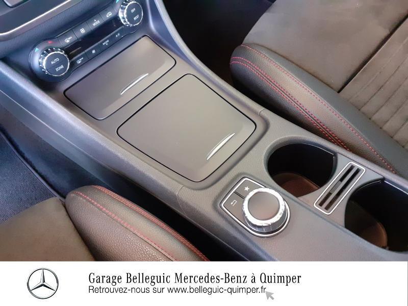 Photo 10 de l'offre de MERCEDES-BENZ CLA Shooting Brake 220 d Fascination 7G-DCT à 25890€ chez Garage Belleguic - Mercedes-Benz Quimper