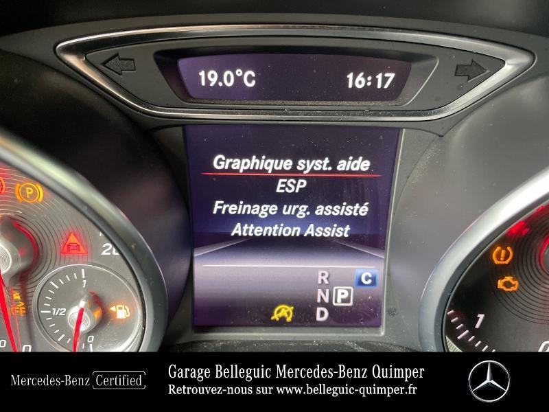Photo 19 de l'offre de MERCEDES-BENZ Classe GLA 180 d Fascination 7G-DCT à 27490€ chez Garage Belleguic - Mercedes-Benz Quimper