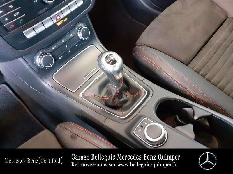 Photo 10 de l'offre de MERCEDES-BENZ Classe B 200 156ch Sport Edition à 22890€ chez Garage Belleguic - Mercedes-Benz Quimper