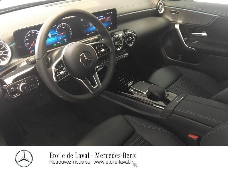 Photo 22 de l'offre de MERCEDES-BENZ CLA 250 e 160+102ch Business Line 8G-DCT à 46990€ chez Etoile de Laval – Mercedes-Benz Laval