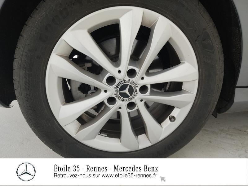 Photo 13 de l'offre de MERCEDES-BENZ Classe C 200 d 150ch Avantgarde Line 9G-Tronic à 40990€ chez Etoile 35 - Mercedes-Benz Rennes