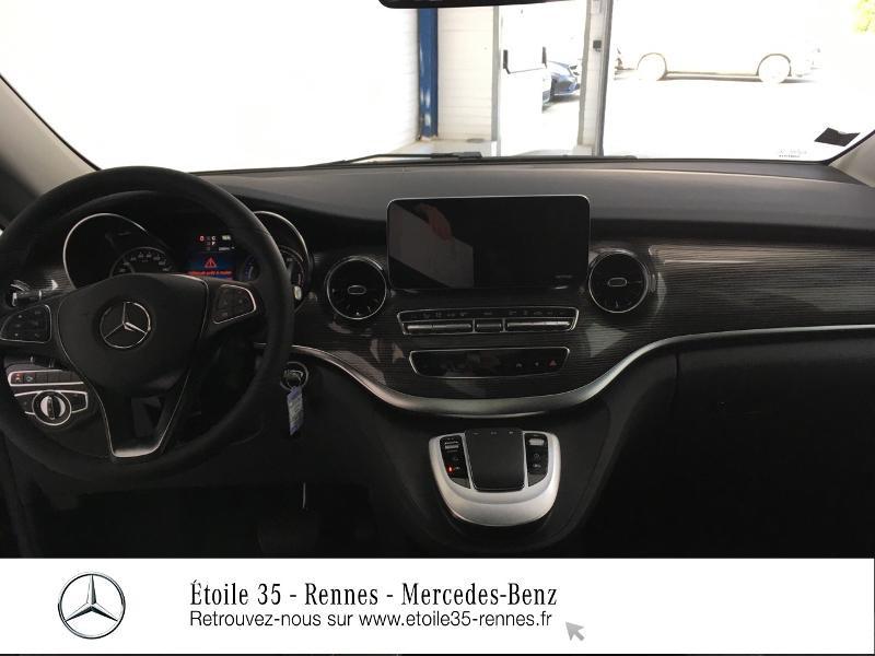 Photo 12 de l'offre de MERCEDES-BENZ Eqv 300 LONG AVANTGARDE à 84900€ chez Etoile 35 - Mercedes-Benz Rennes