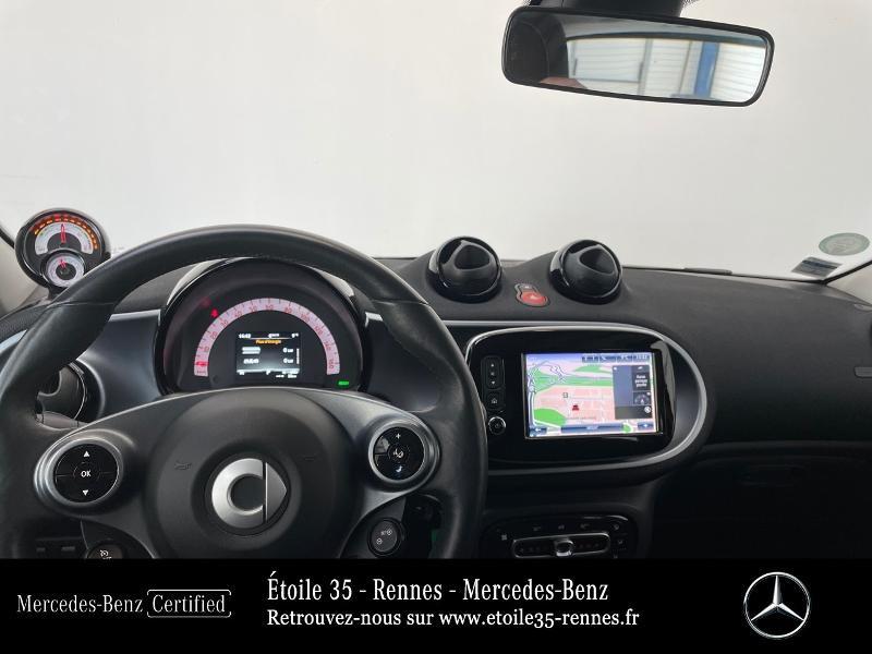 Photo 6 de l'offre de SMART Forfour Electrique 82ch prime à 13490€ chez Etoile 35 - Mercedes-Benz Rennes