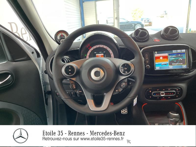 Photo 7 de l'offre de SMART Forfour Electrique 82ch prime à 26234€ chez Etoile 35 - Mercedes-Benz Rennes