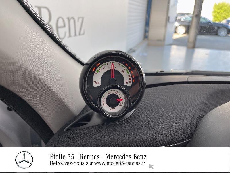Photo 20 de l'offre de SMART Forfour Electrique 82ch prime à 26234€ chez Etoile 35 - Mercedes-Benz Rennes