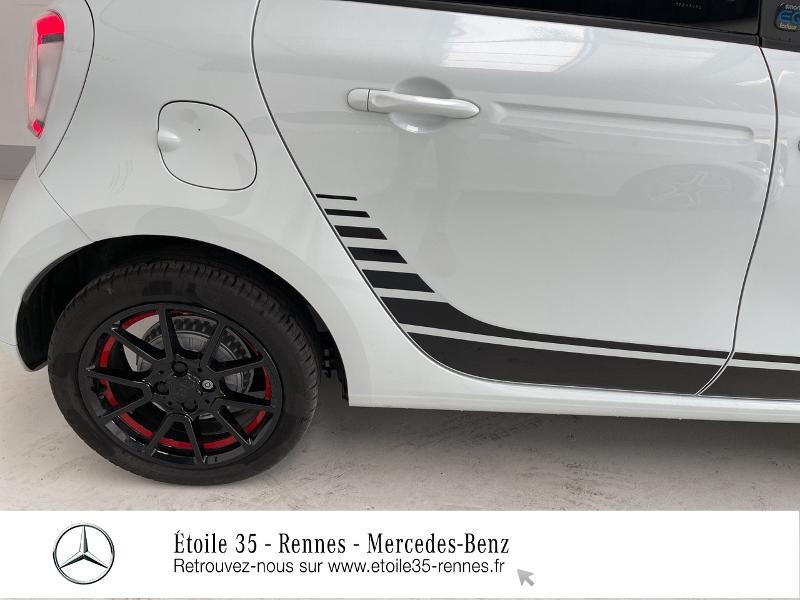 Photo 19 de l'offre de SMART Forfour Electrique 82ch prime à 26234€ chez Etoile 35 - Mercedes-Benz Rennes