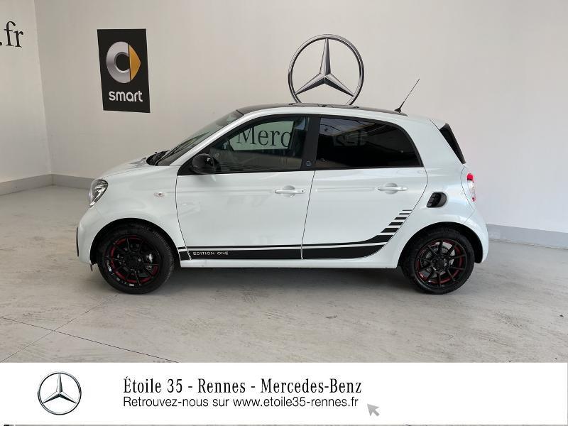 Photo 2 de l'offre de SMART Forfour Electrique 82ch prime à 26234€ chez Etoile 35 - Mercedes-Benz Rennes