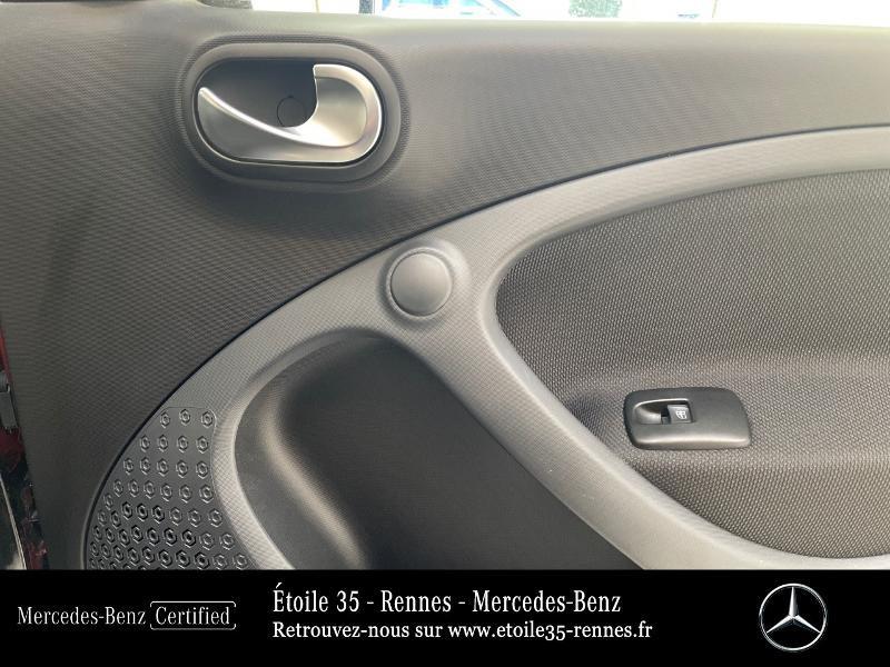 Photo 16 de l'offre de SMART Forfour Electrique 82ch prime à 13490€ chez Etoile 35 - Mercedes-Benz Rennes