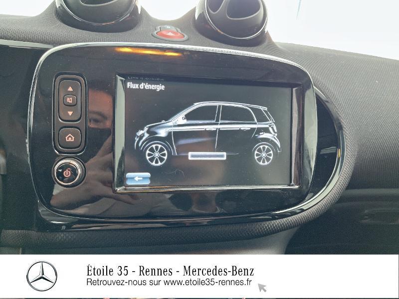 Photo 23 de l'offre de SMART Forfour Electrique 82ch prime à 26234€ chez Etoile 35 - Mercedes-Benz Rennes