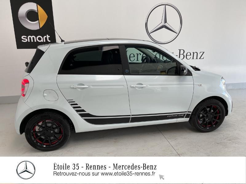Photo 4 de l'offre de SMART Forfour Electrique 82ch prime à 26234€ chez Etoile 35 - Mercedes-Benz Rennes