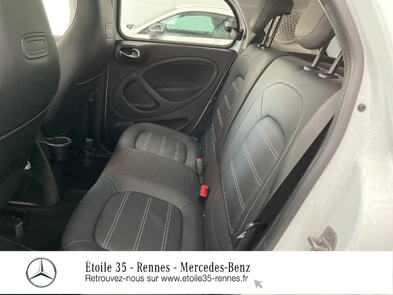 Photo 11 de l'offre de SMART Forfour Electrique 82ch prime à 26234€ chez Etoile 35 - Mercedes-Benz Rennes