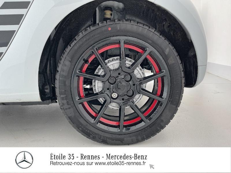 Photo 14 de l'offre de SMART Forfour Electrique 82ch prime à 26234€ chez Etoile 35 - Mercedes-Benz Rennes