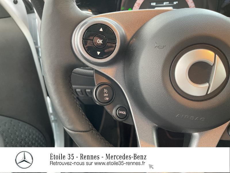 Photo 25 de l'offre de SMART Forfour Electrique 82ch prime à 26234€ chez Etoile 35 - Mercedes-Benz Rennes