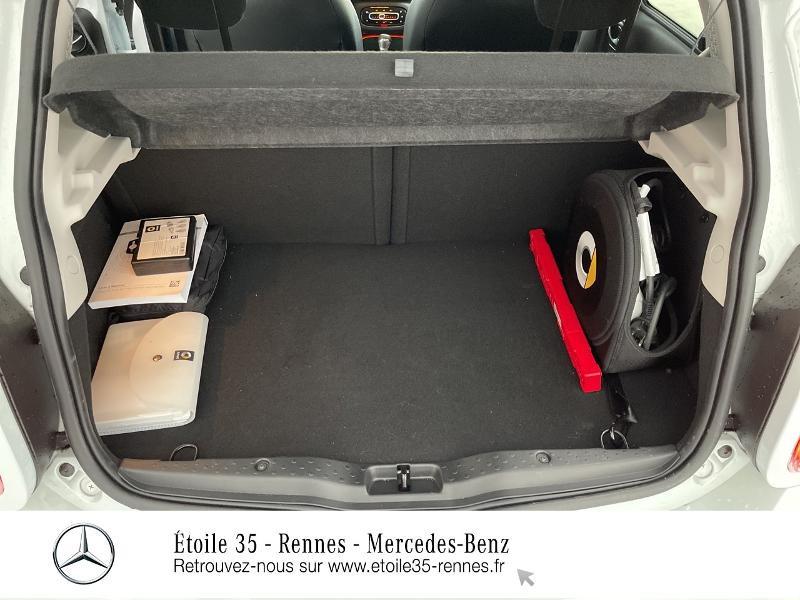 Photo 12 de l'offre de SMART Forfour Electrique 82ch prime à 26234€ chez Etoile 35 - Mercedes-Benz Rennes