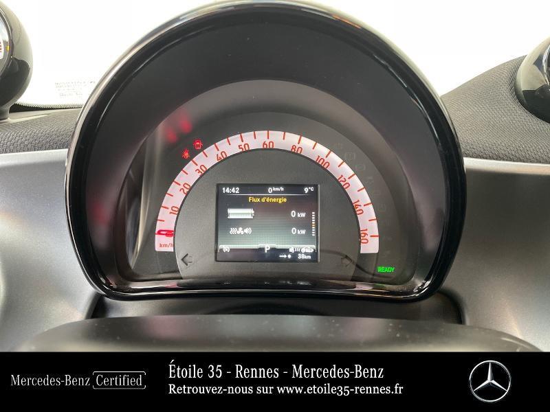 Photo 9 de l'offre de SMART Forfour Electrique 82ch prime à 13490€ chez Etoile 35 - Mercedes-Benz Rennes