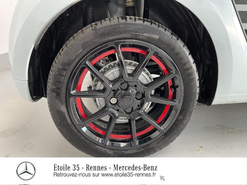 Photo 15 de l'offre de SMART Forfour Electrique 82ch prime à 26234€ chez Etoile 35 - Mercedes-Benz Rennes