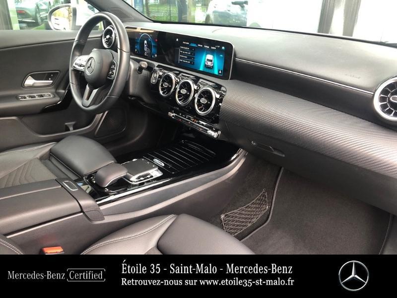 Photo 22 de l'offre de MERCEDES-BENZ Classe A 180 d 116ch Style Line 7G-DCT à 27490€ chez Etoile 35 - Mercedes-Benz St Malo