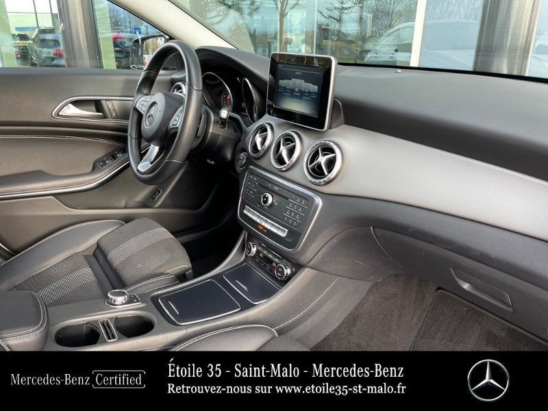 Photo 13 de l'offre de MERCEDES-BENZ CLA Shooting Brake 180 d Sensation 7G-DCT à 25490€ chez Etoile 35 - Mercedes-Benz St Malo