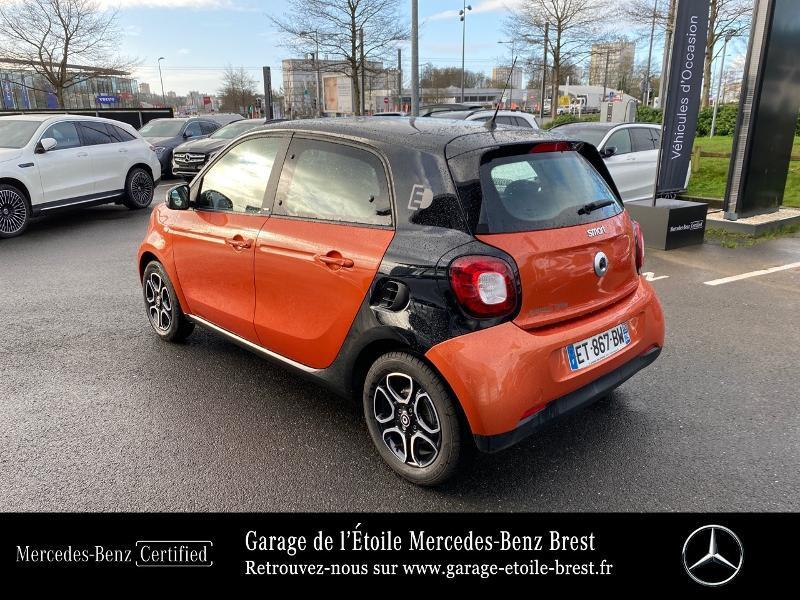 Photo 3 de l'offre de SMART Forfour Electrique 82ch prime à 12890€ chez Garage de l'Étoile - Mercedes-Benz Brest